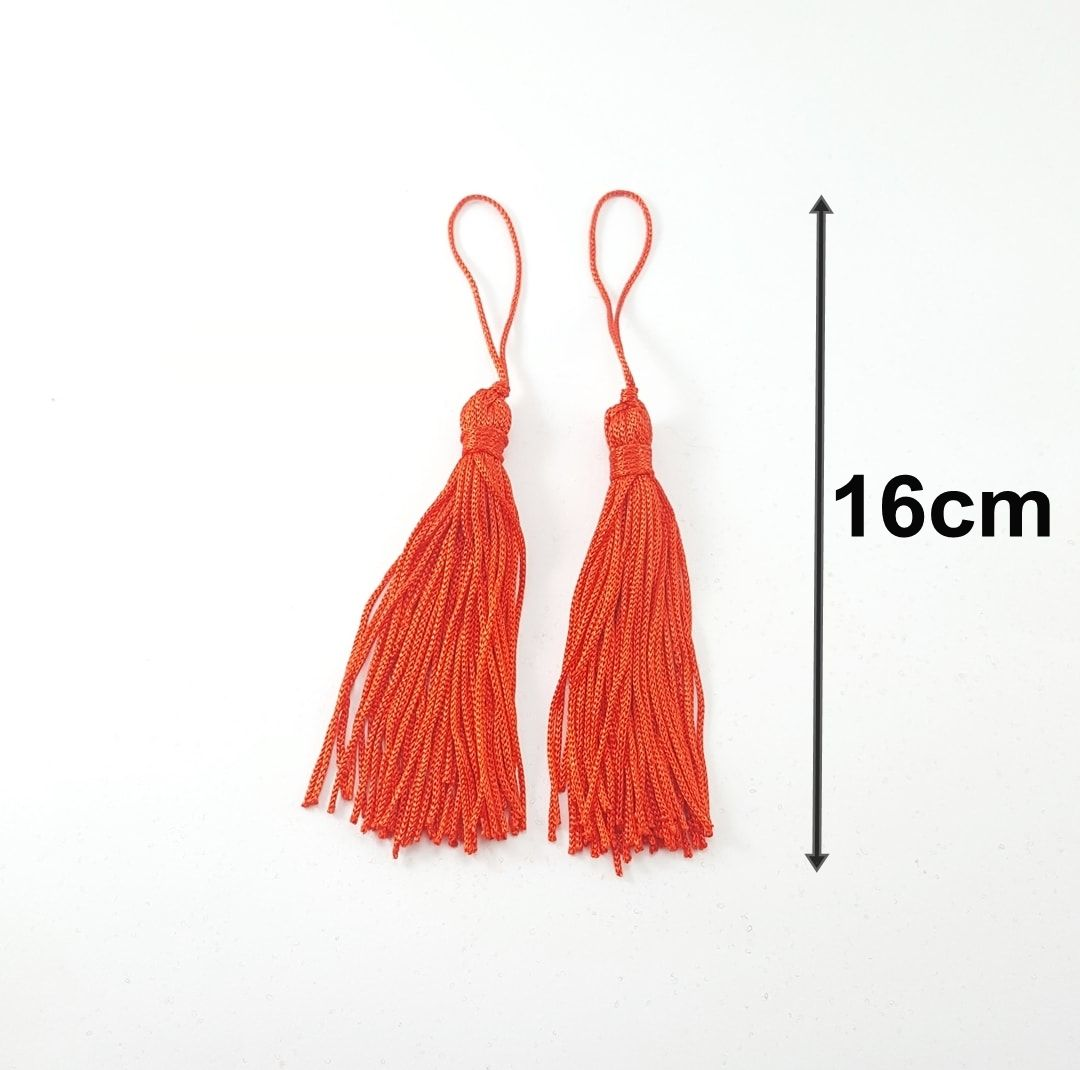 Pingente de Seda 16cm