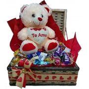 Baú Urso e Coração com chocolates