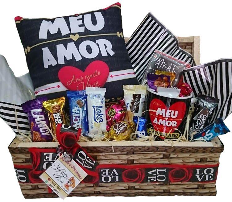 Baú Almofada Meu Amor com Caneca e Chocolates