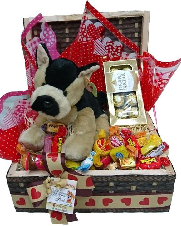 Baú Cachorro com Ferrero e Chocolates