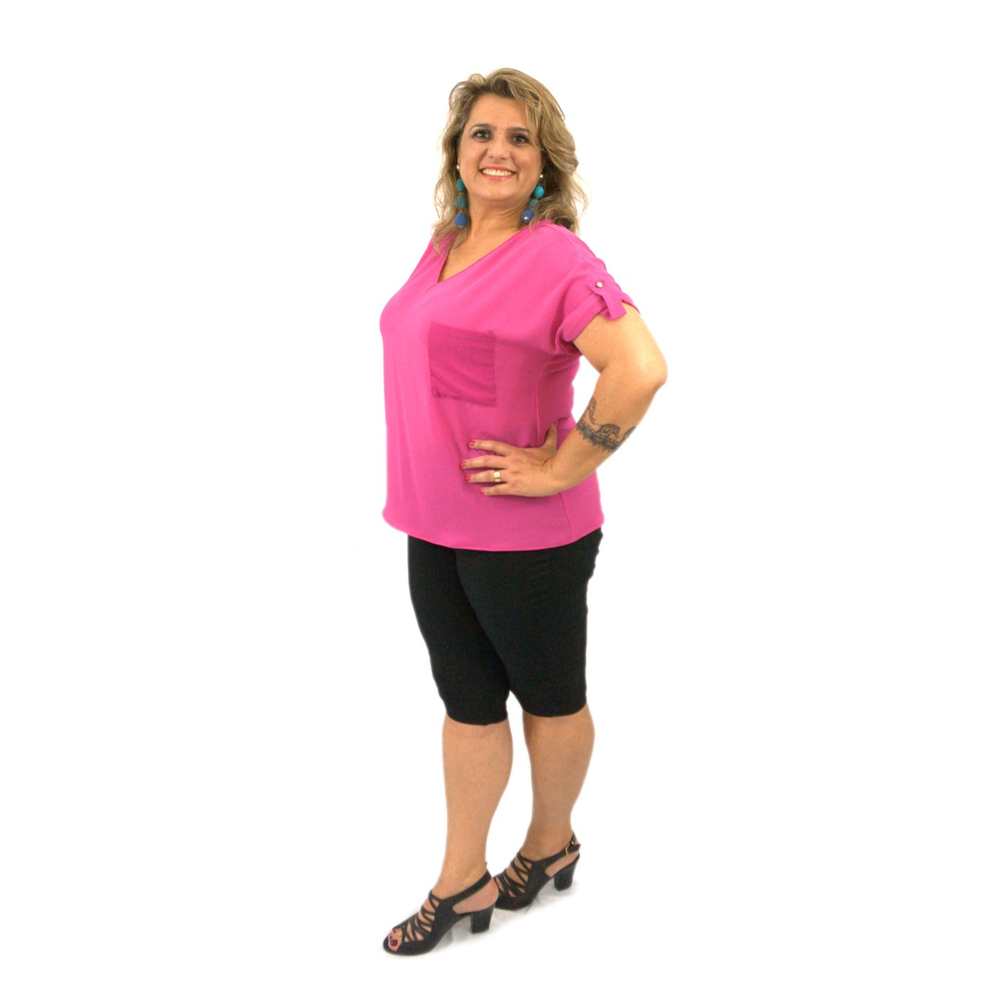 Blusinha Plus Size Manga Curta Tipo Camiseta Crepe Pink