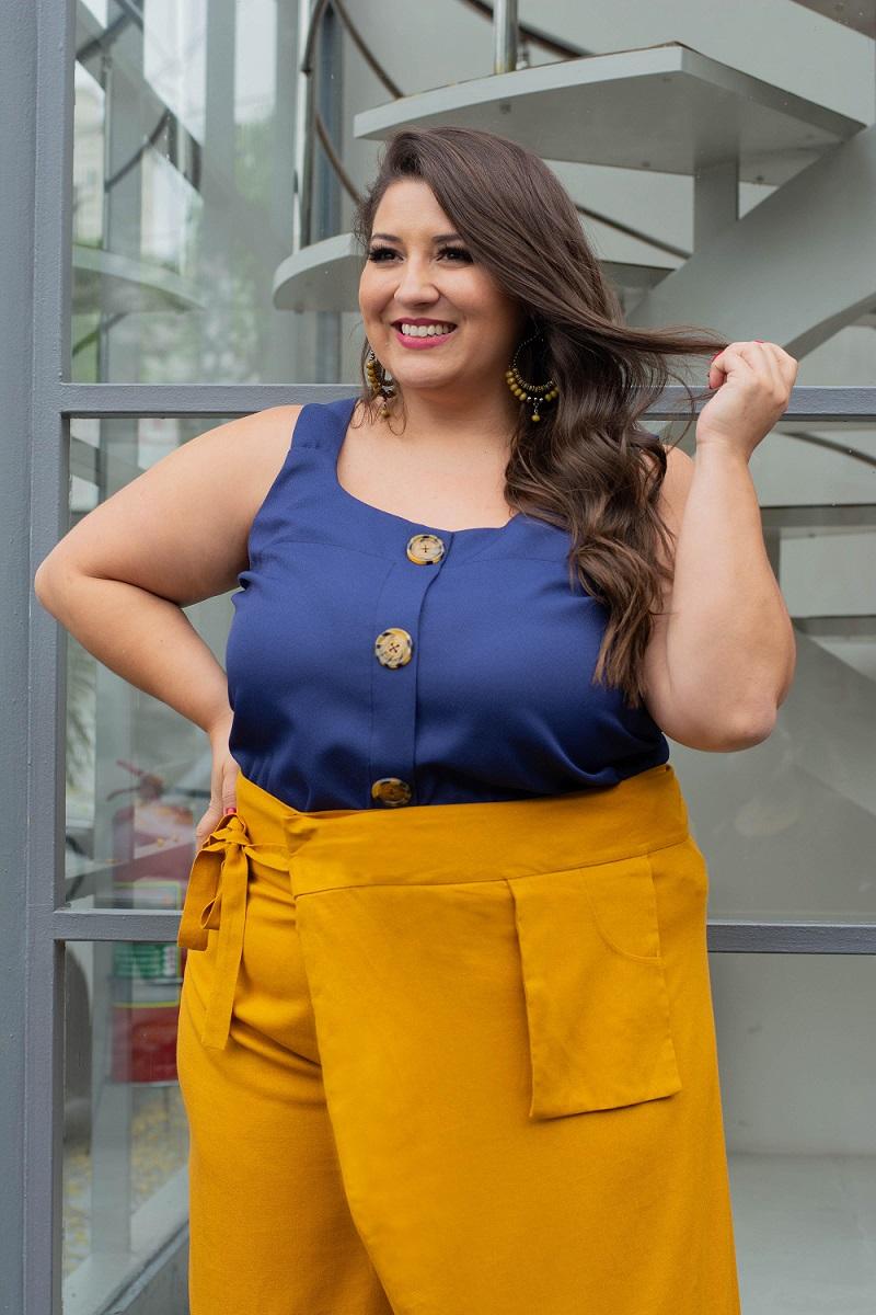 Blusa Regata Plus Size com Botões Azul Marinho