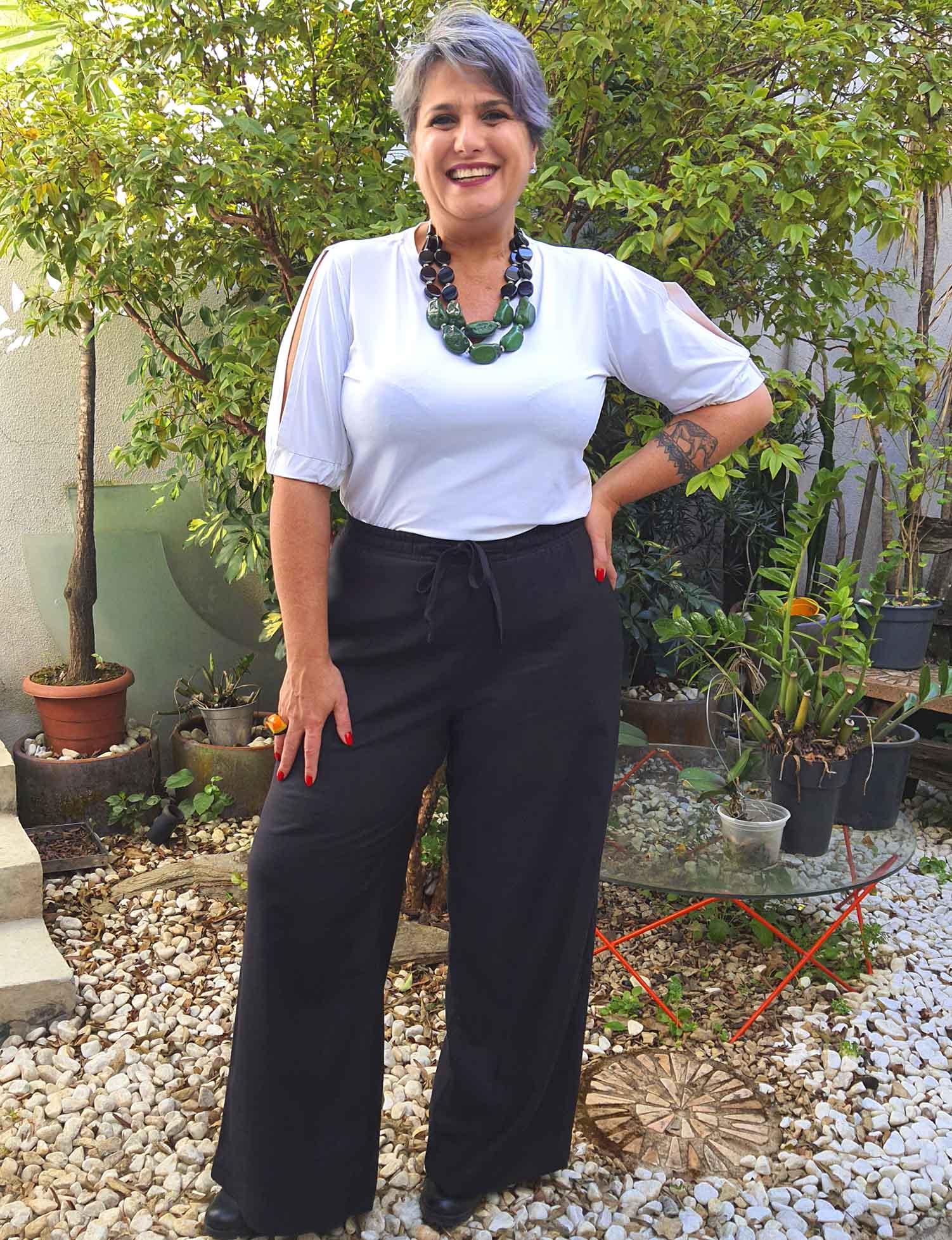Calça Pantalona Plus Size Viscose Preta