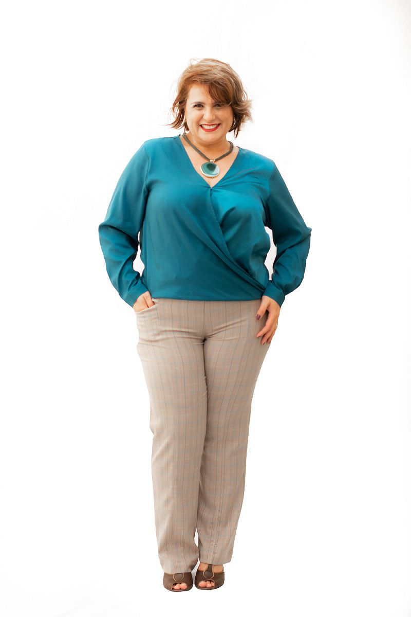 Calça Plus Size Alfaiataria Xadrez