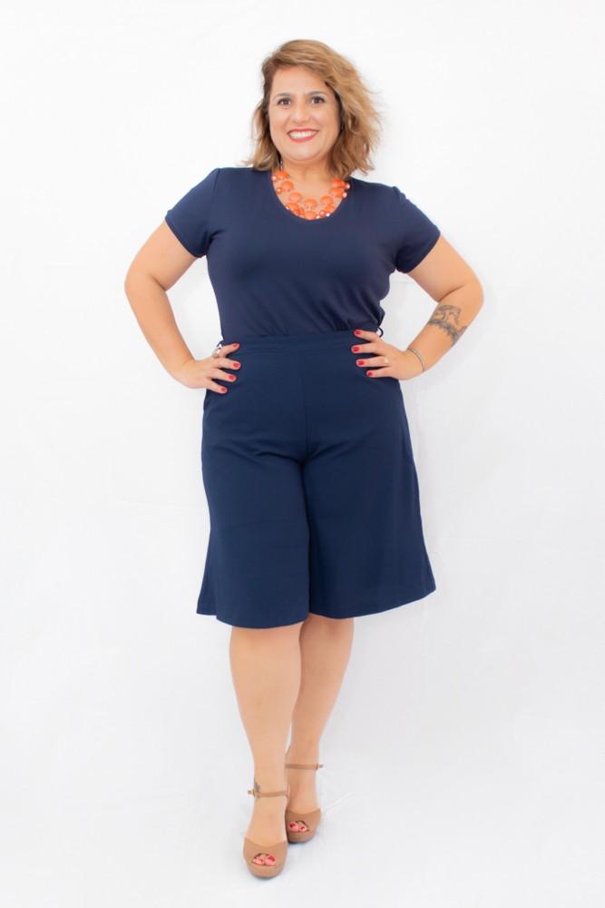 Camiseta Plus Size Básica em Algodão Azul Marinho