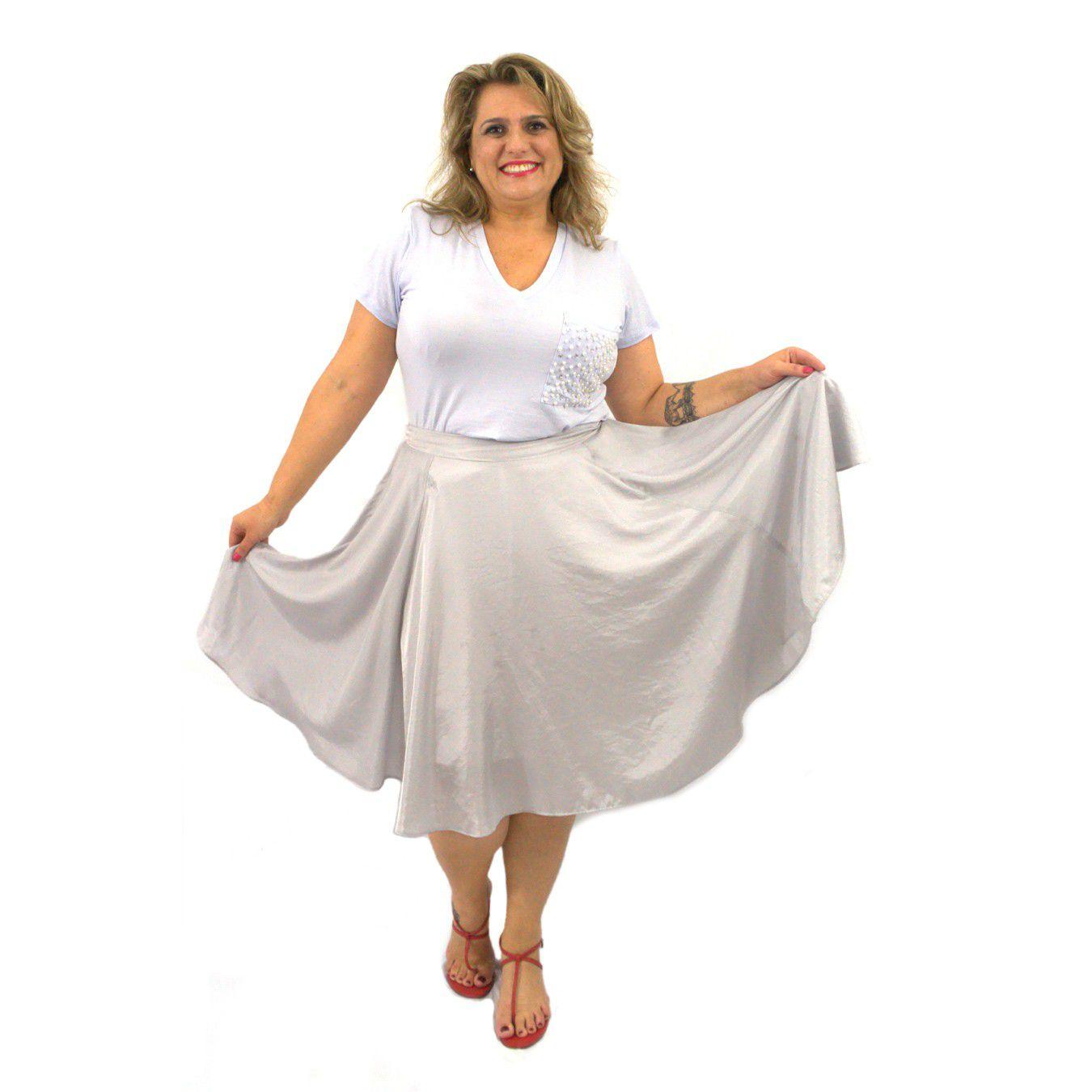 Camiseta Branca Plus Size Manga Curta Bolso Bordado