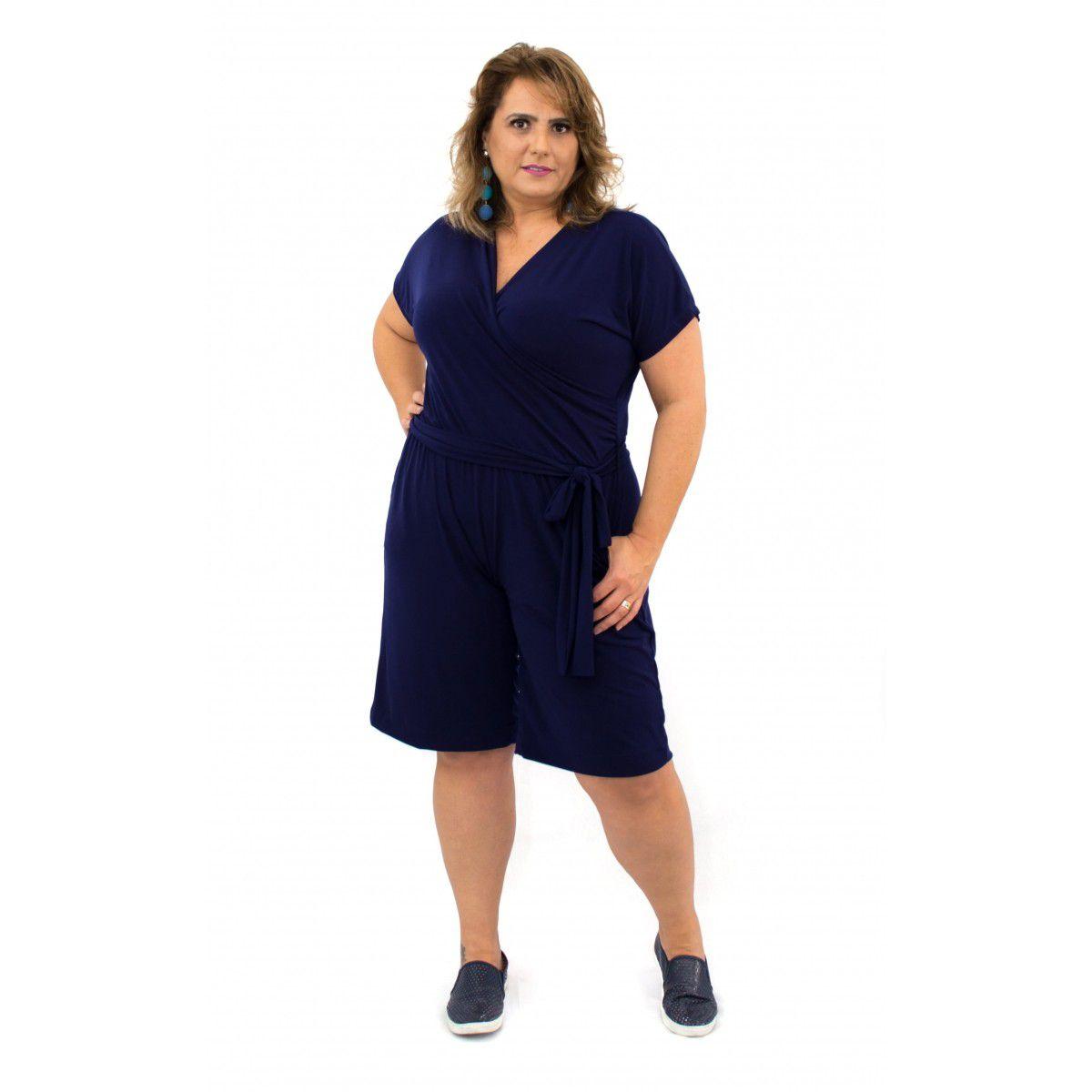 Macaquinho Plus Size Azul Manga Curta