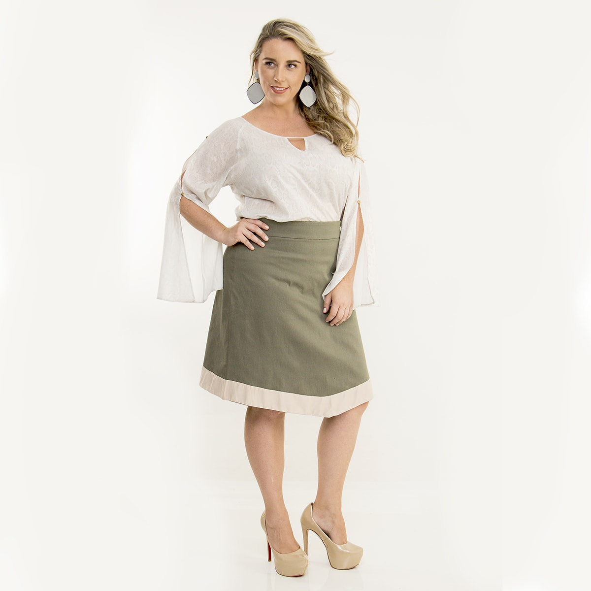 Saia Plus Size Curta Bicolor Encorpado com Elastano