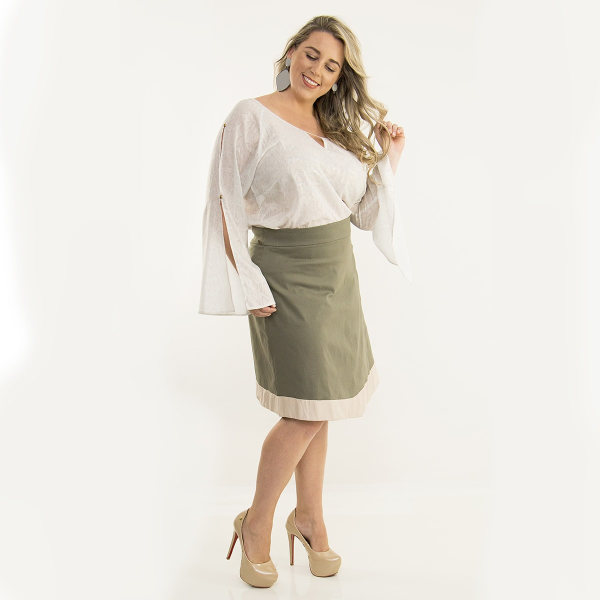 Saia Curta Plus Size Bicolor Encorpado com Elastano