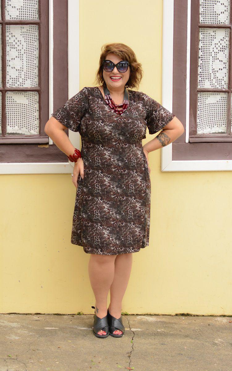 Vestido Animal Print de Malha Fria Plus Size