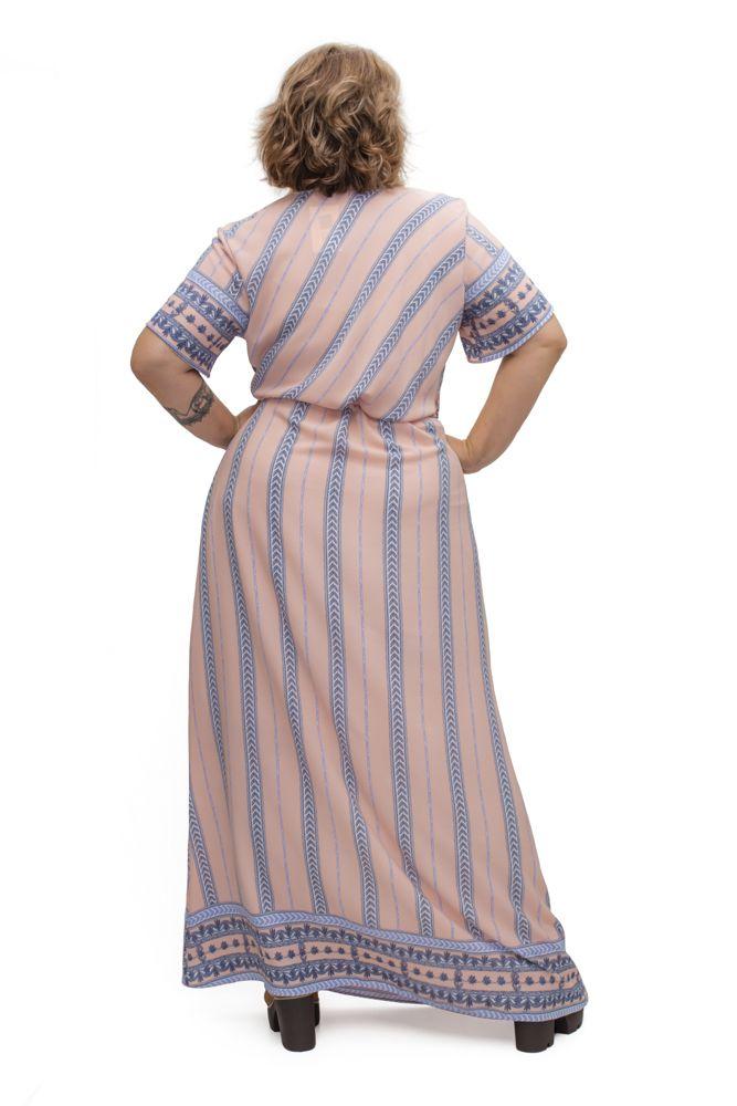 Vestido Longo Barrado Plus Size
