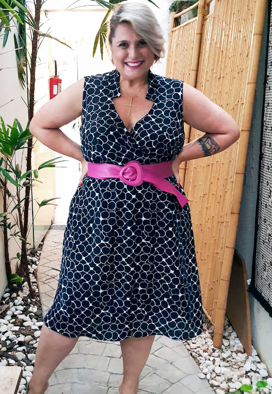 Vestido Curto Plus Size Regata Estampa Bolas