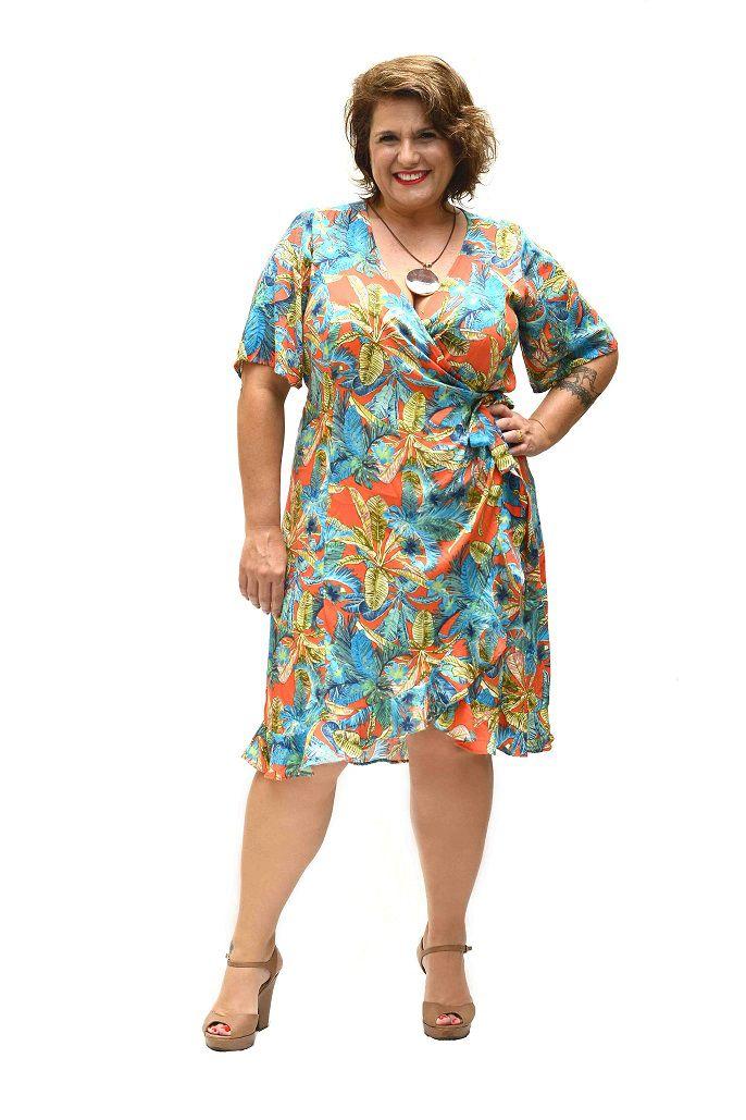 Vestido Curto Plus Size Viscose Estampado Transpassado