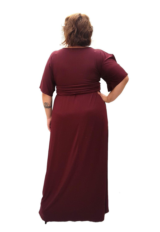 Vestido Longo Plus Size Bordo
