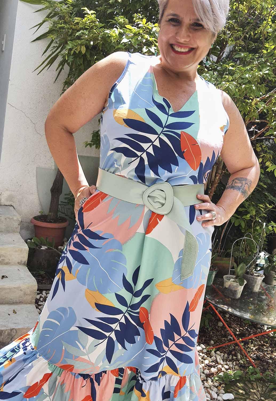 Vestido Longo Plus Size Regata Estampado com Babado