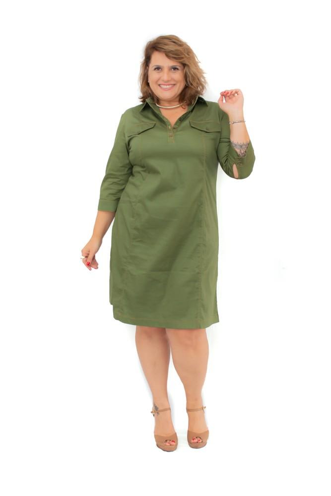 Vestido Plus Size Curto Tipo Militar