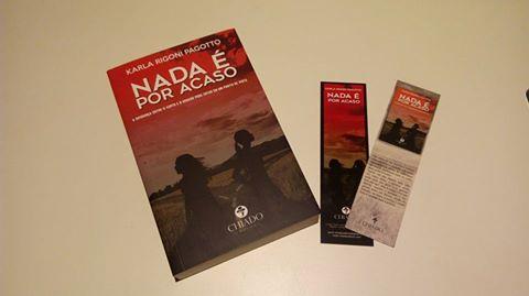 Livro romance policial Nada é por Acaso - Editora Chiado