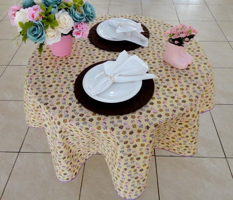 Toalha De Mesa Redonda Cupcake 1,50m  - RECANTO DA COSTURA
