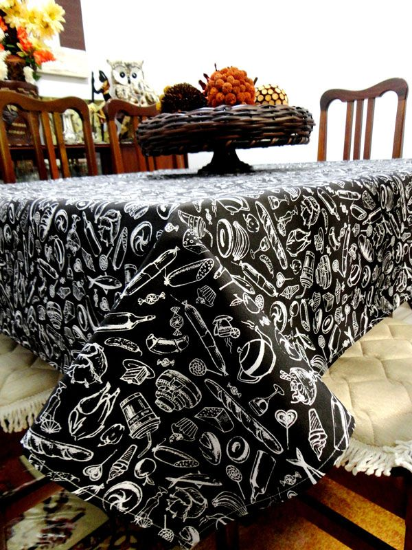 Toalha De Mesa Retangular Preto E Branco 2,20m X 1,50m  - RECANTO DA COSTURA