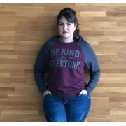 Blusa de Moletom plus size Be Kind