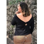 Blusa plus size decote nas costas
