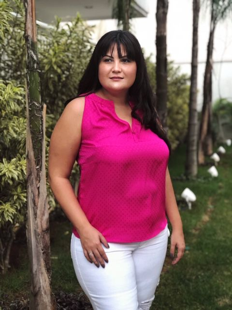 Blusa plus size Cetim decote redondo