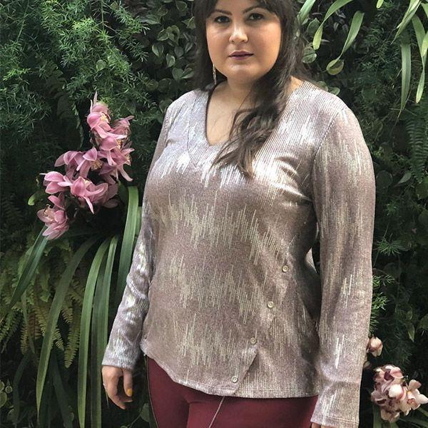 Blusa manga longa com brilho e micro paetê