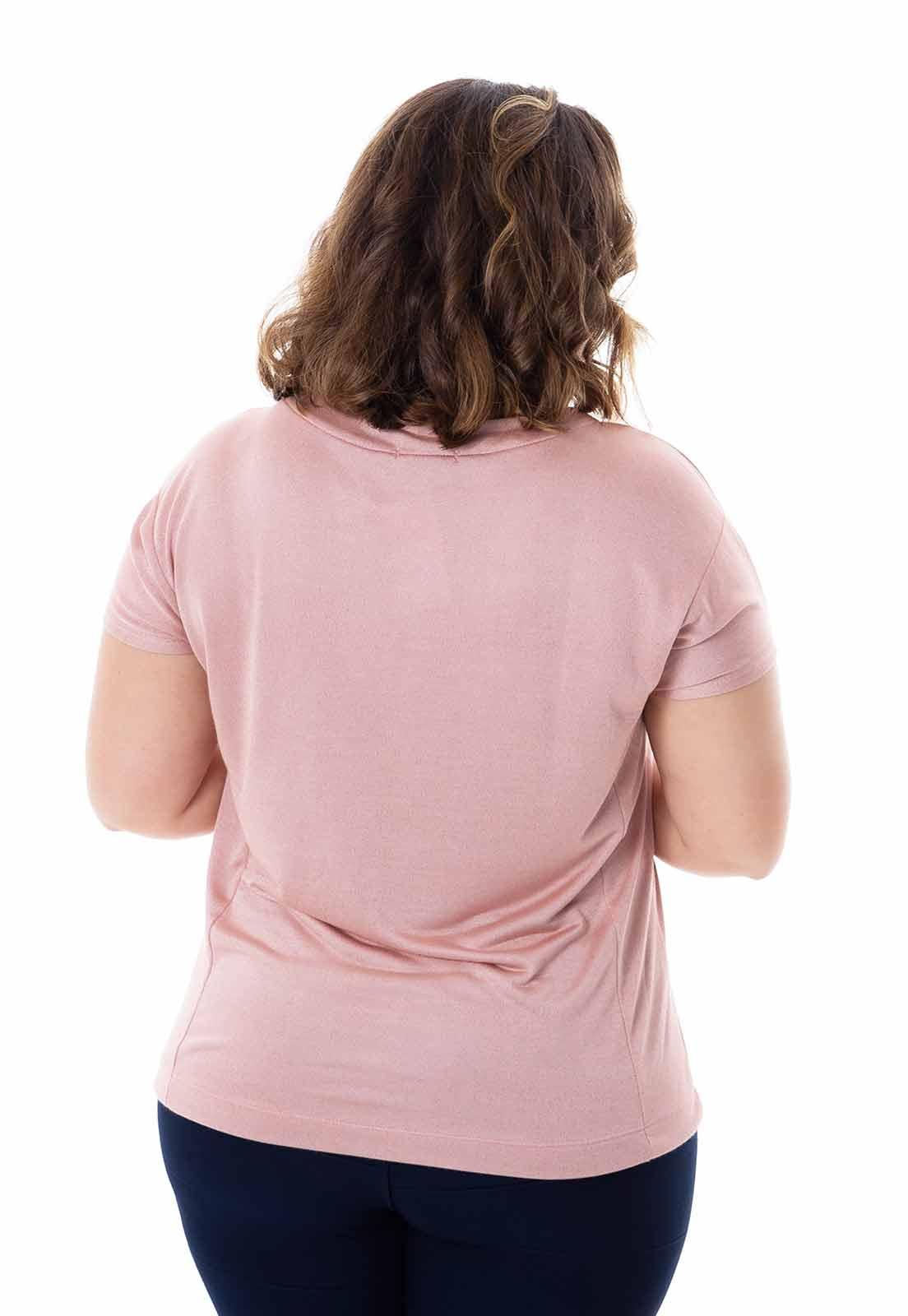 Blusa plus size com malha metalizada rosa