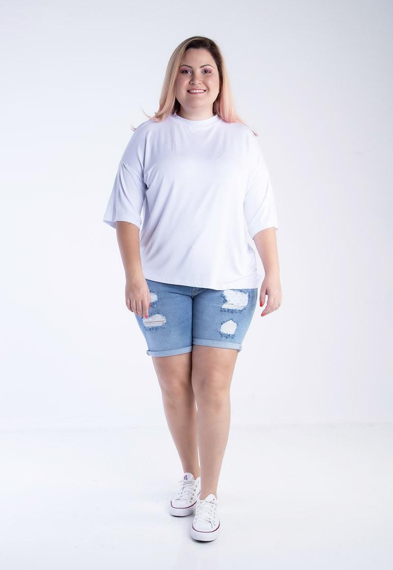 Blusa plus size oversized gola alta