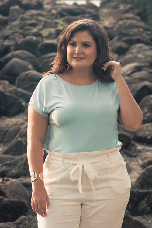 Blusa plus size strappy costas verde água