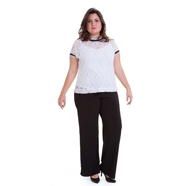 Blusa rendada com debrum tricô