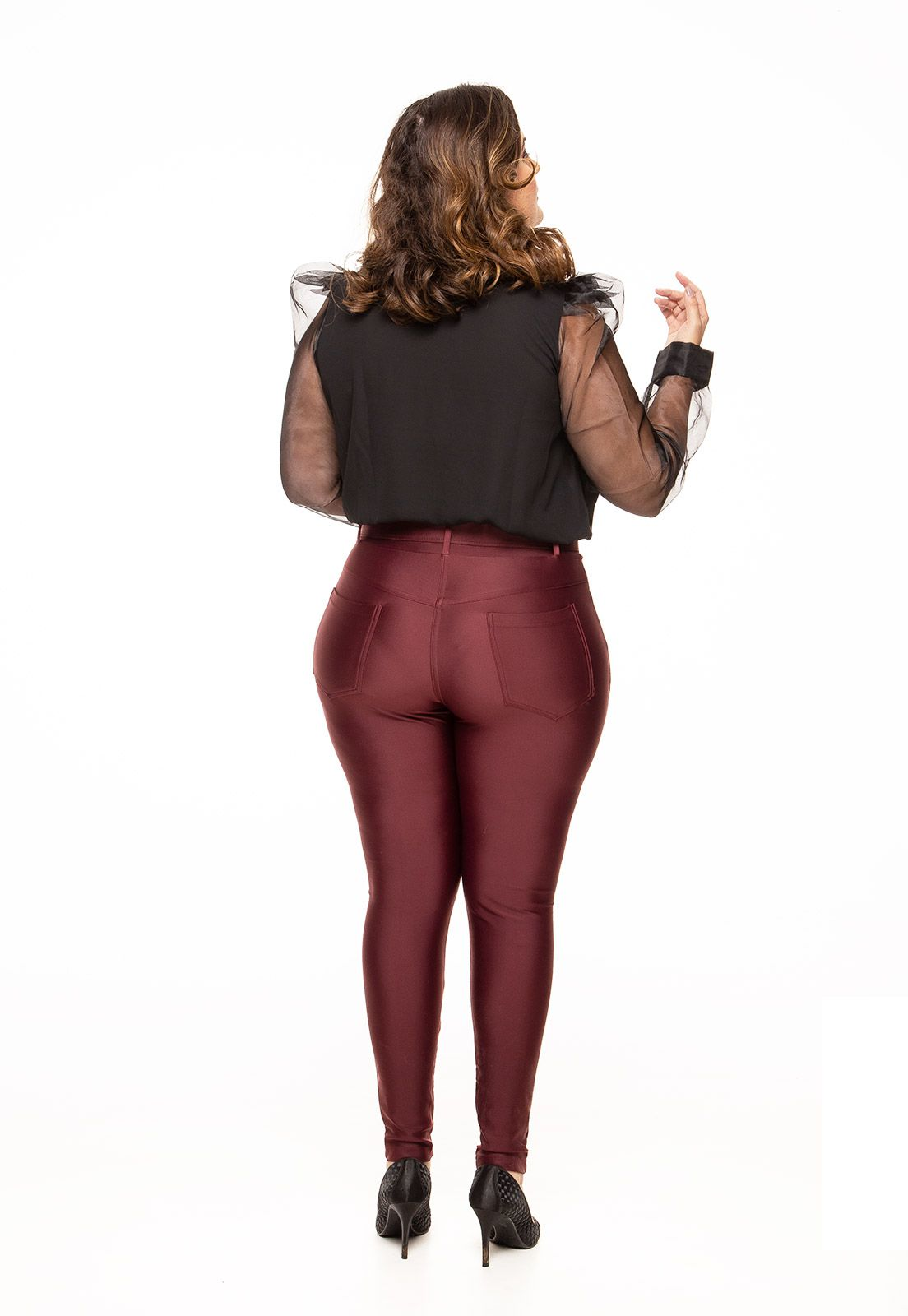 Body plus size mangas de organza