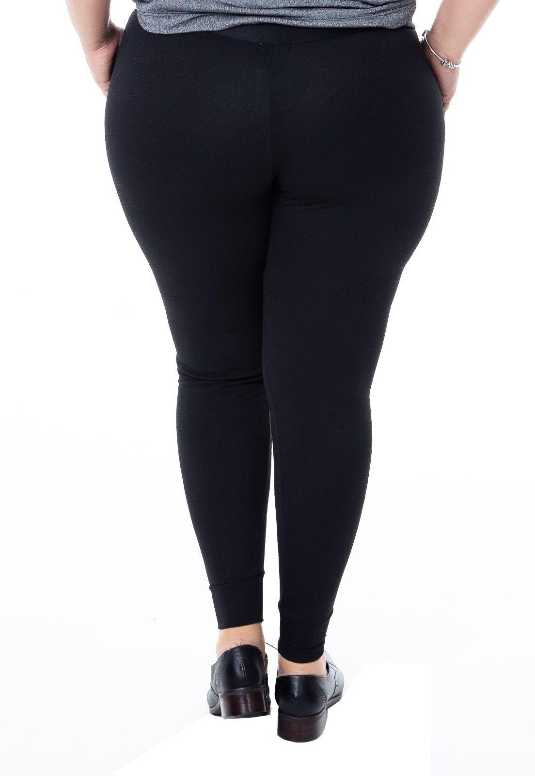 Calça Plus Size Jogging em Malha Preta