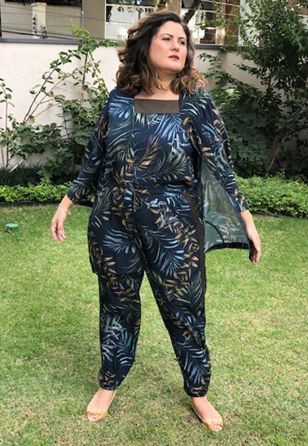 Kimono plus size estampado marinho