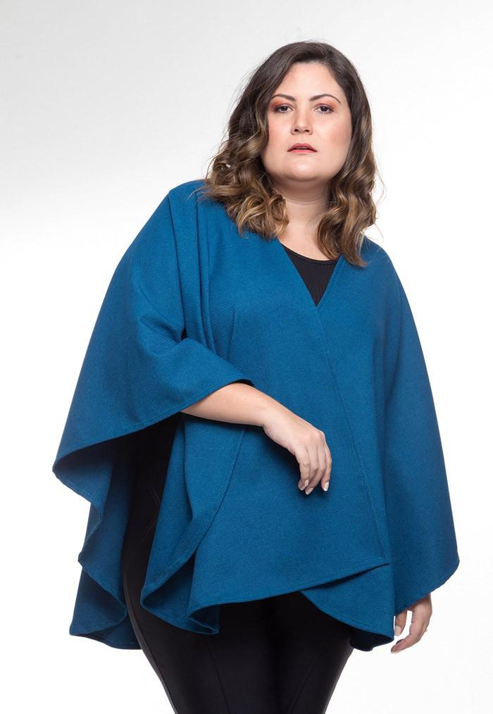 Pelerine em lã Azul Hermínio
