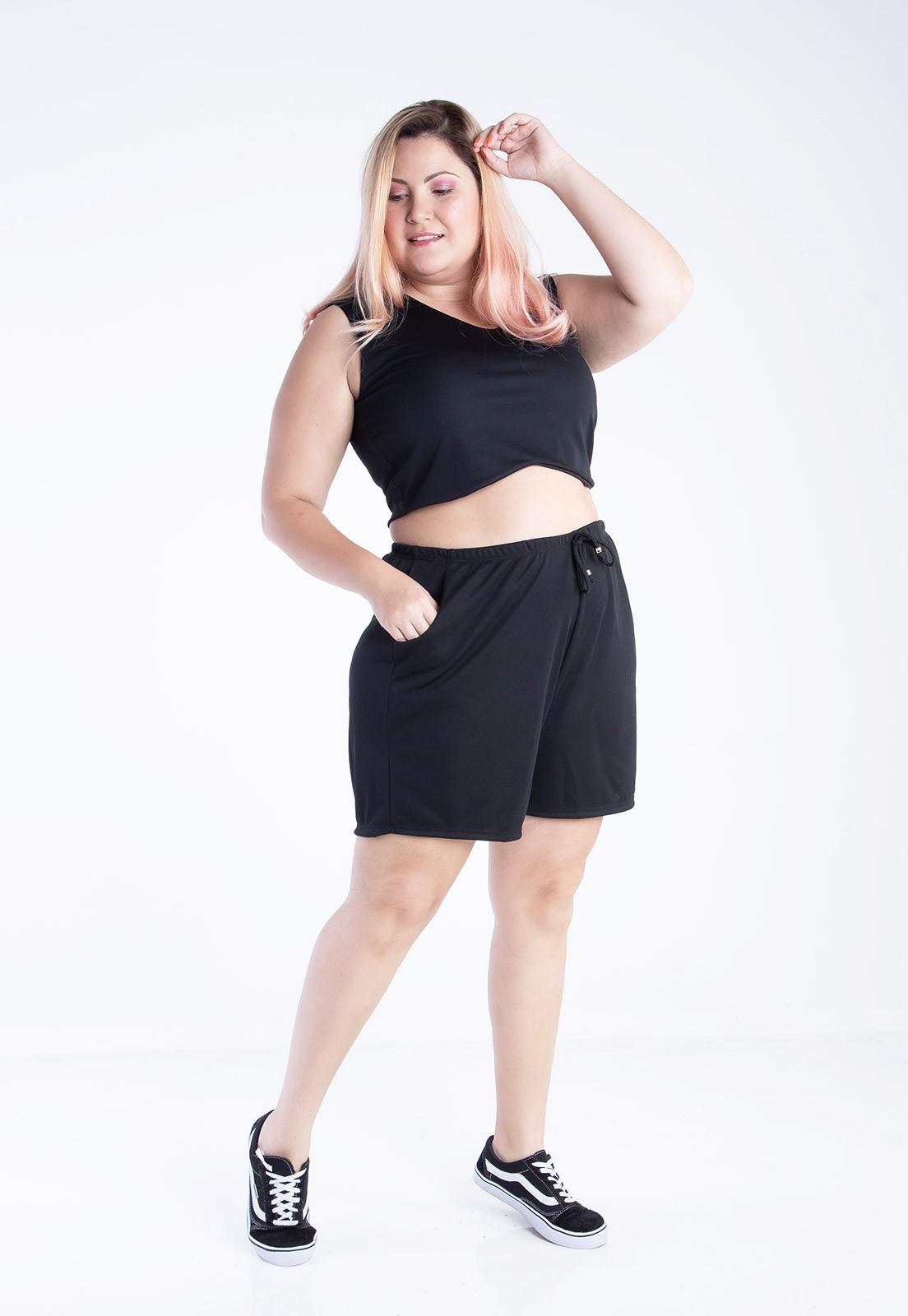 Shorts plus size com amarração preta