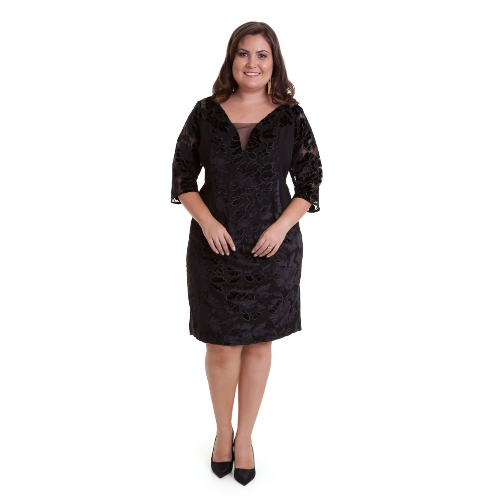 Vestido curto manga 3/4 com recorte em veludo plus size