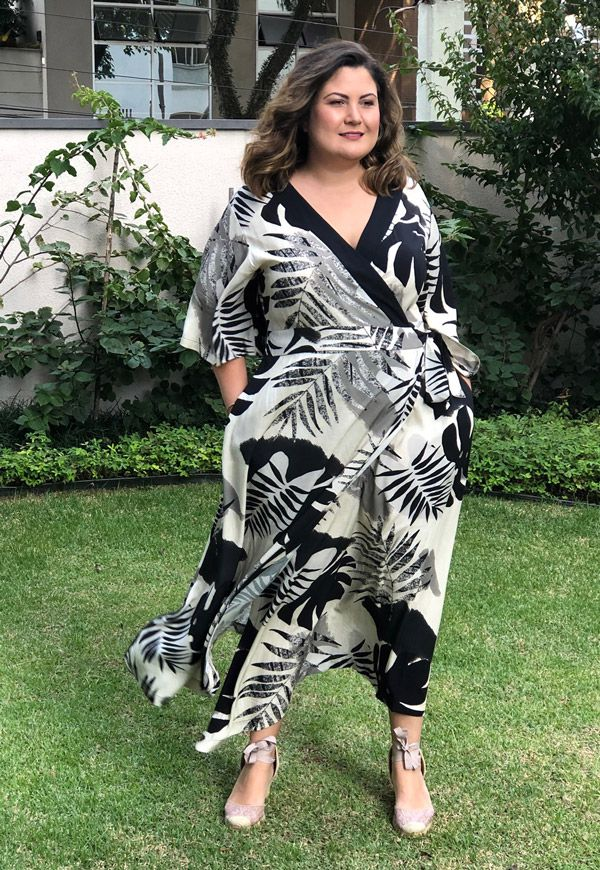Vestido Plus Size Tropical Mix