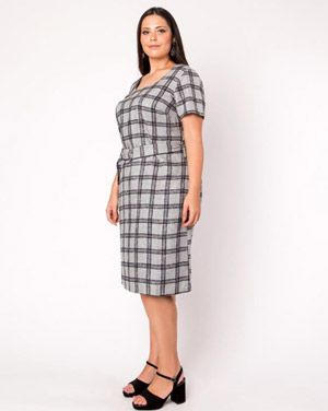 Vestido xadrez tubinho plus size