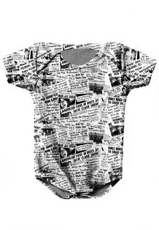 BODY INFANTIL ESTAMPADO FULL PRINT NEWSPAPER