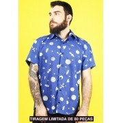 CAMISA ESTAMPADA UNISSEX SPACE ODDITY
