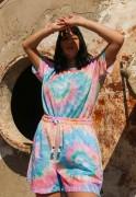 Conjunto Estampado Tie Dye Camiseta + Shorts Unissex Colorfull