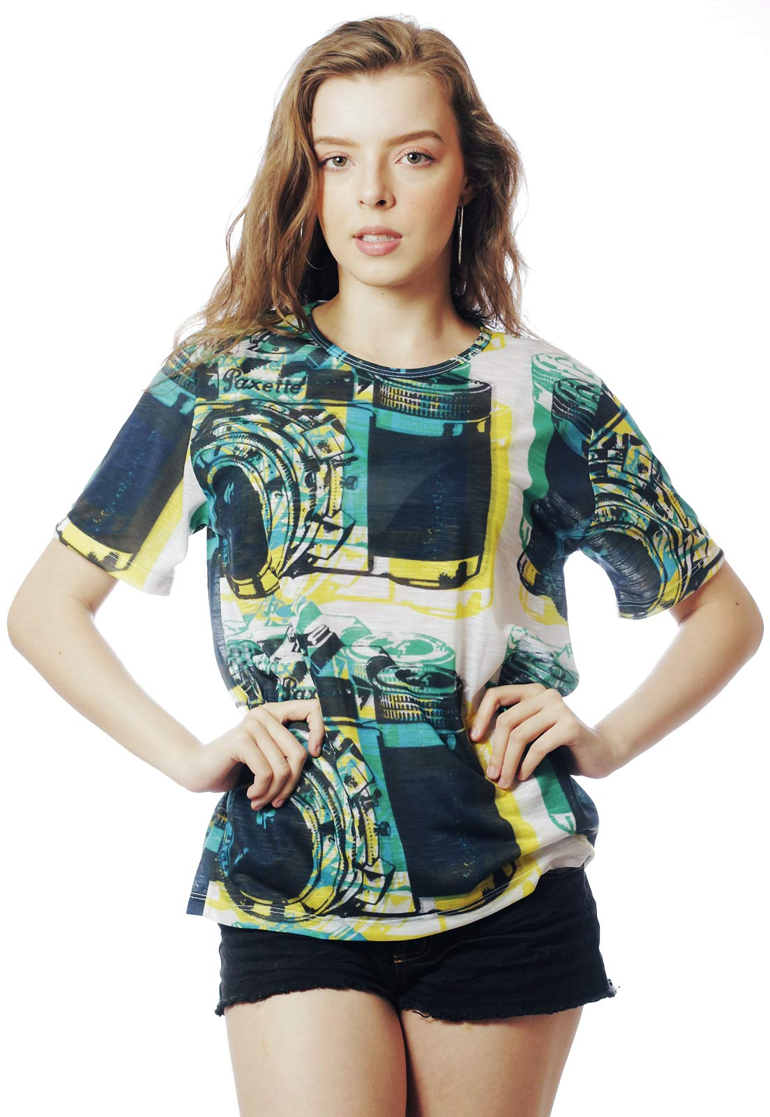 CAMISETA ESTAMPADA FULL PRINT UNISSEX VINTAGE CAMERA VERDE
