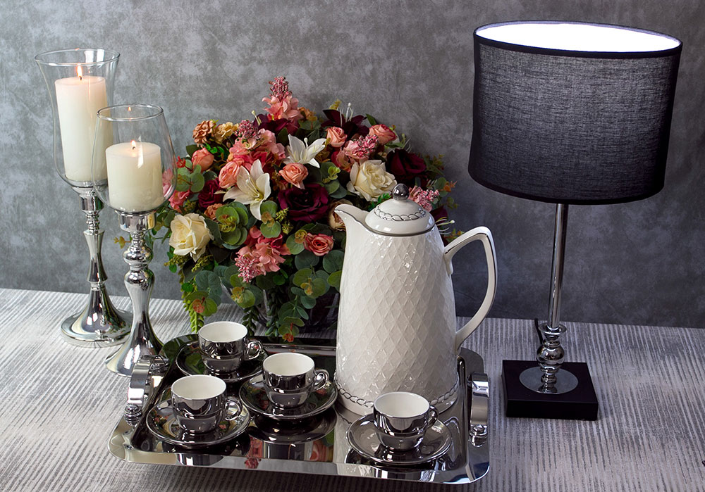 Garrafa Térmica 900ml para café ou chá de porcelana branca e prata Wolff - 35578