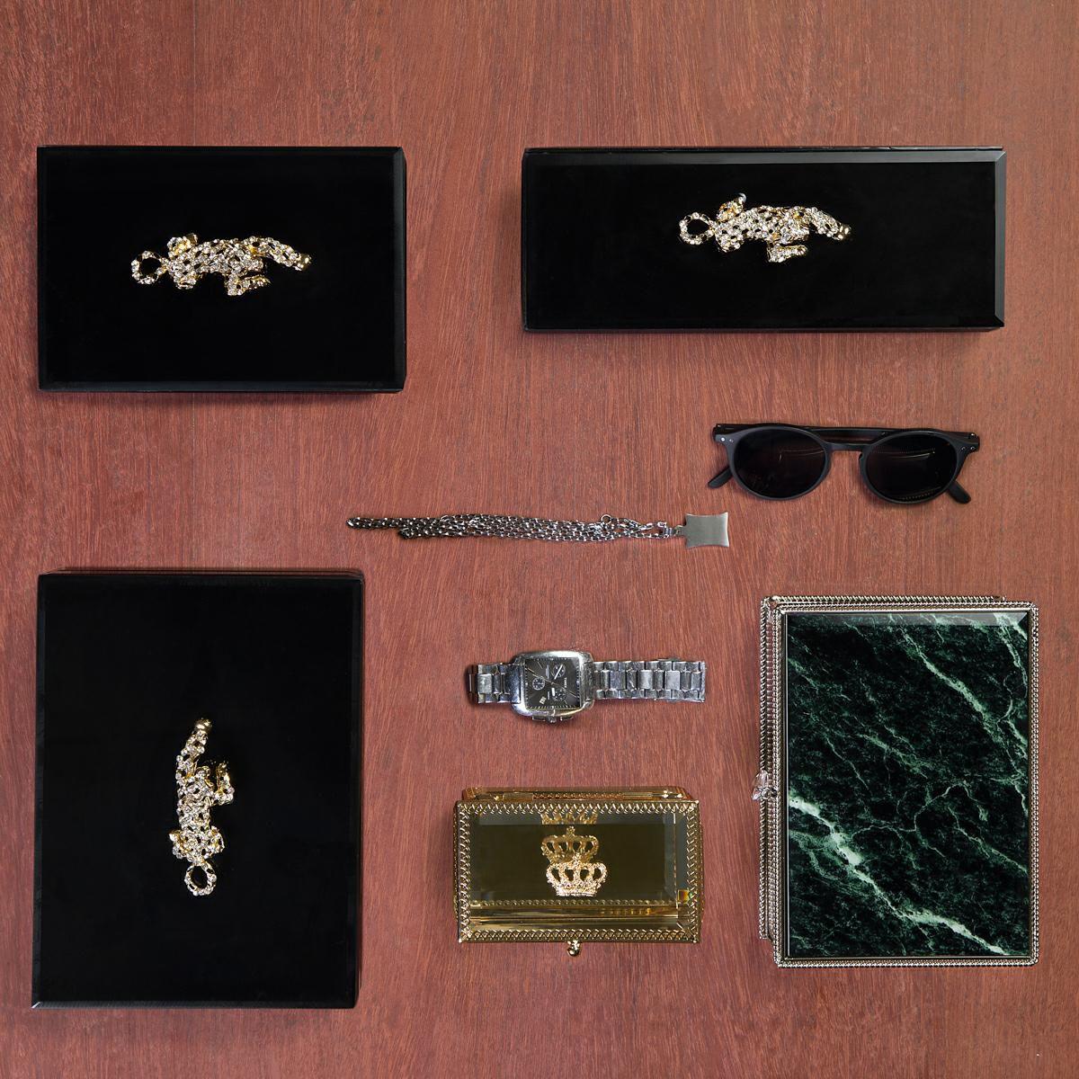 Porta-Joias 12,5 cm de vidro e zamac dourado Crown Lyor - L3264