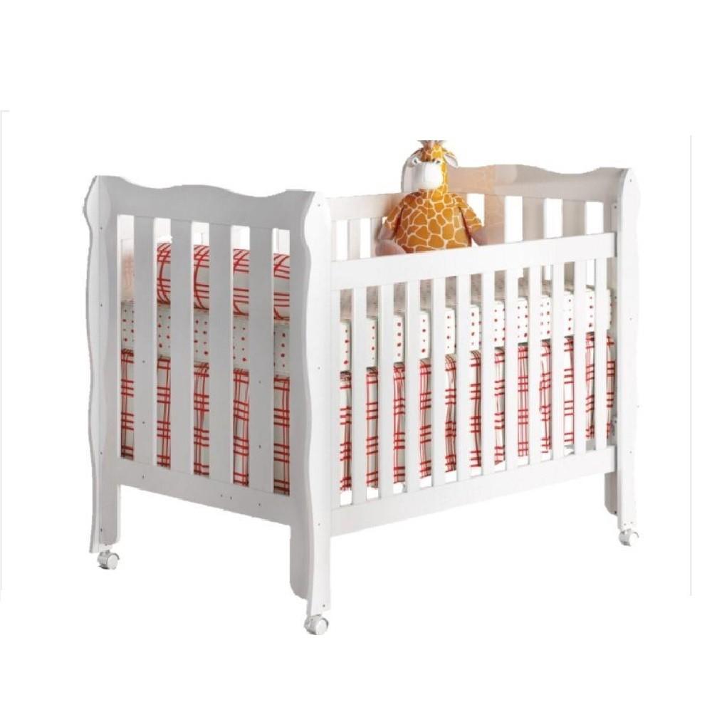 Jogo de Quarto para Bebê com Guarda Roupa 4 Portas + Cômoda Livia + Berço Lila - Phoenix Baby