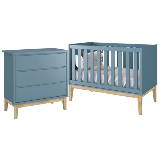 Quarto Infantil Com Cômoda Gaveteiro e Berço Mini Cama 2 em 1 Padrão Americano Pés Madeira Natural Classic Azul Fosco - Reller