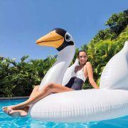 Boia Inflável para piscina Cisne Branco Gigante Intex 56287 (Boia das Blogueiras Famosas)