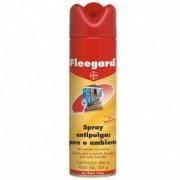 Spray Anti pulgas para Ambientes Bayer Fleegard Combate Pulgas e larvas de ambiente onde vive o cão - 300ml