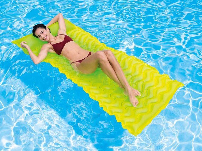 Boia Colchão inflável Bronzeador para piscina Colchão Esteira Verde Intex 58807-V